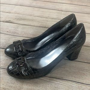 Anne Klein iFlex Heels Pumps Gray Pewter Silver